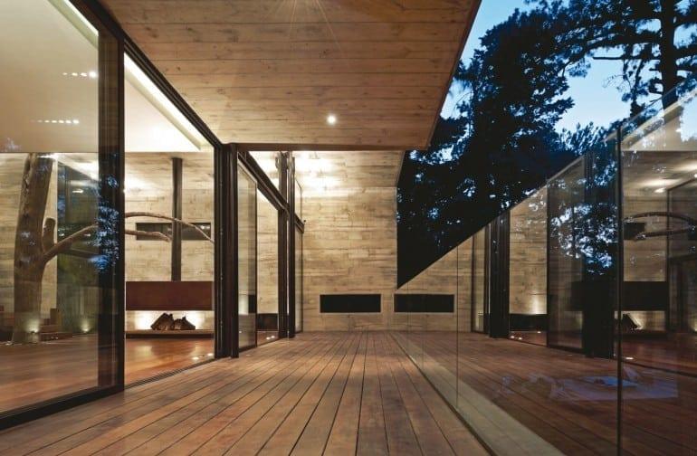 1332255705 21 770x504 - Corallo House - Casa din copac… sau copacul din casă