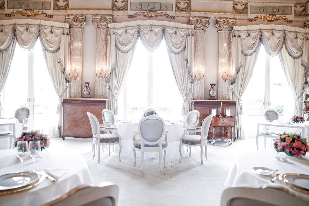 1 LOUIS XV 096c.PMonetta - Chef Alain Ducasse - Un sfert de secol la Louis XV