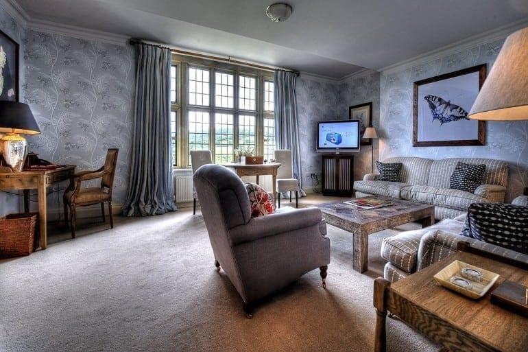 26068850 H1 50 Lounge HDR Finished 770x513 - Bovey Castle, lăsat mărturie pentru escapade nobile