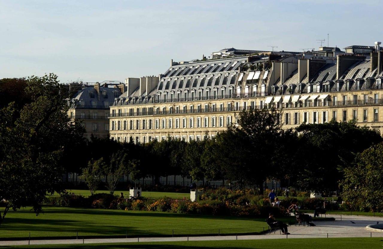 H6380 27275561 1 Facade from the Tuileries Garden - Le Meurice, Paris - Romantism, opulență și lux