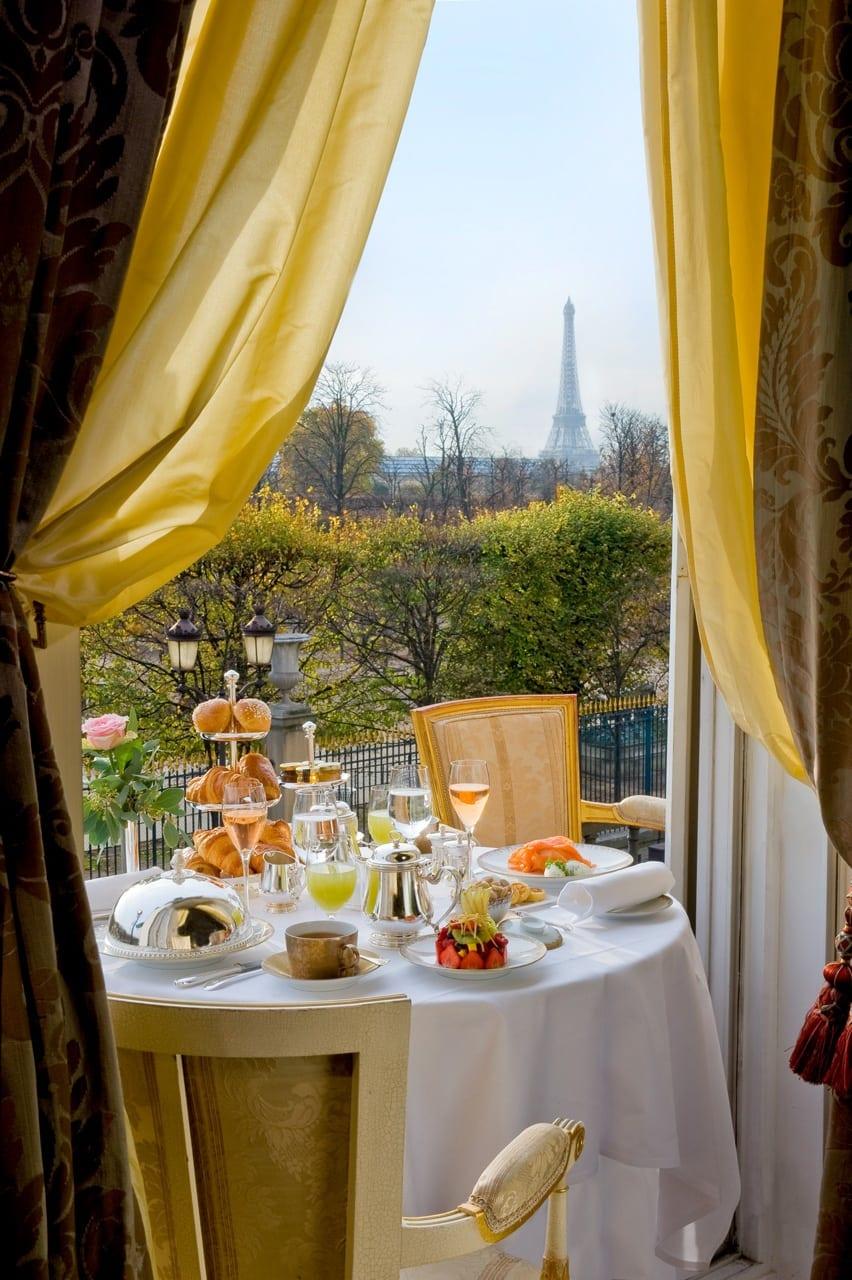 H6380 27275569 90 Breakfast - Le Meurice, Paris - Romantism, opulență și lux