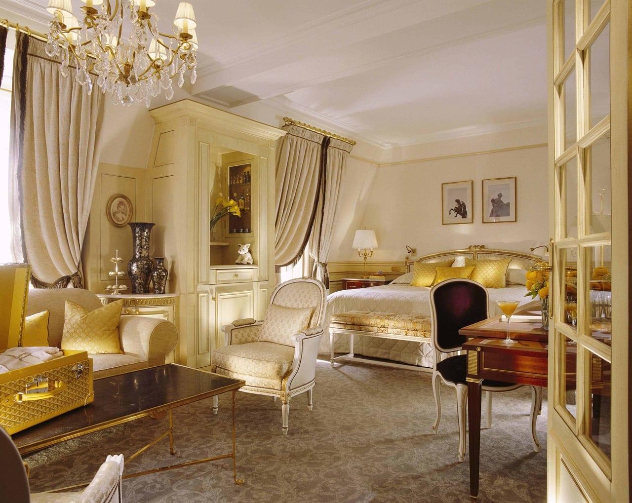 H6380 27275645 34 524 Executive Junior Suite - Le Meurice, Paris - Romantism, opulență și lux