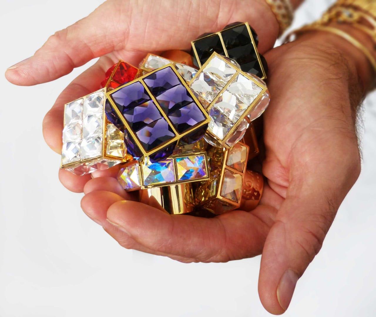 Roja Holding Caps - Roja Dove - Și lumea parfumurilor nu a mai fost la fel