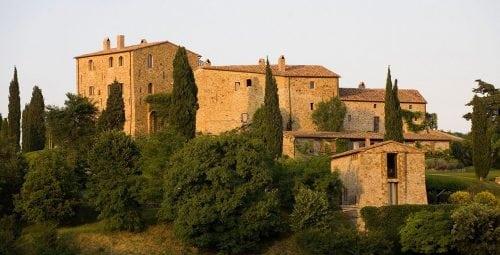 Castello di Vicarello, o evadare magică în inima dealurilor Toscanei