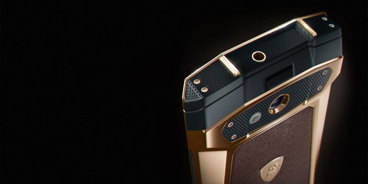 closeup 03 05.1 - Tonino Lamborghini lansează smartphone-ul Antares