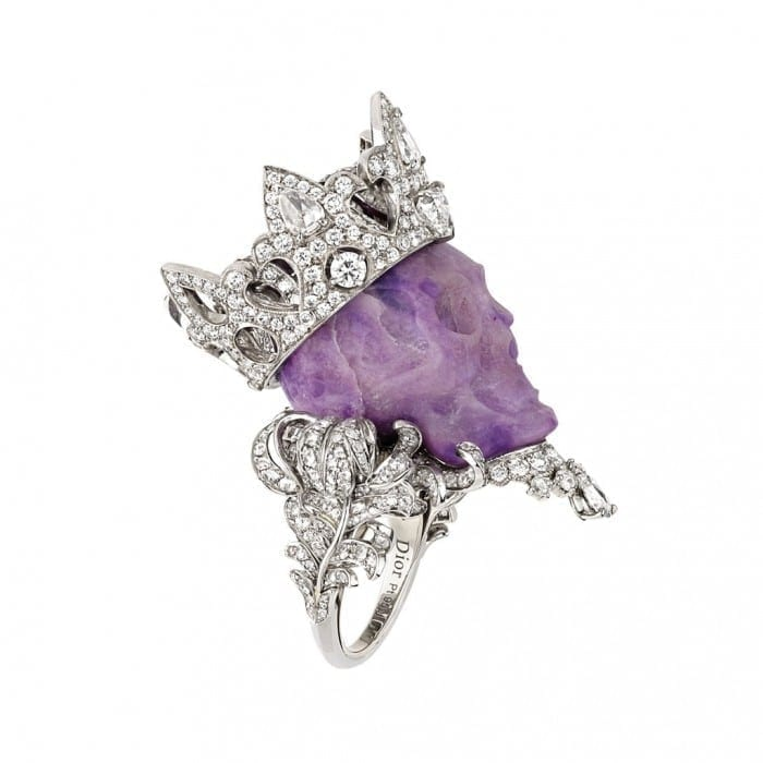 tdm93020 3quart v24 700x700 - Victoire de Castellane, magia din spatele ușilor Dior