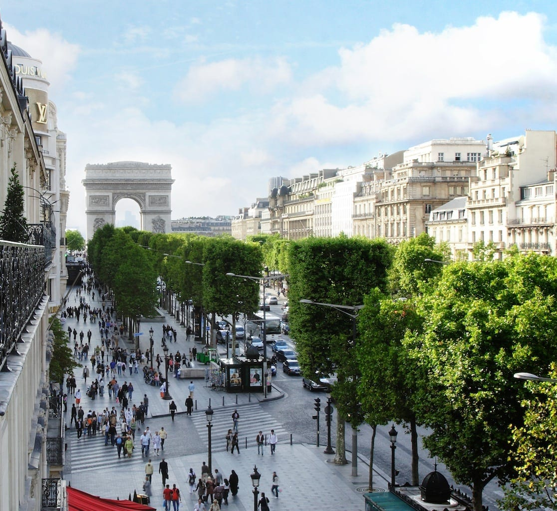 IMG 2979 v2 1 - Fouquet's Barriere Paris - Excelență în cultura pariziană
