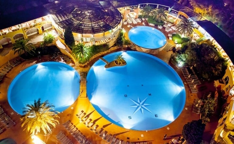 oasis pool 770x473 - Forte Village Resort Sardinia