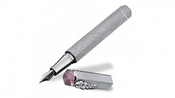 Caran d'Ache made 'La Modernista Diamonds' 800x449 700x392 - Cel mai scump stilou din lume: La Modernista Diamonds