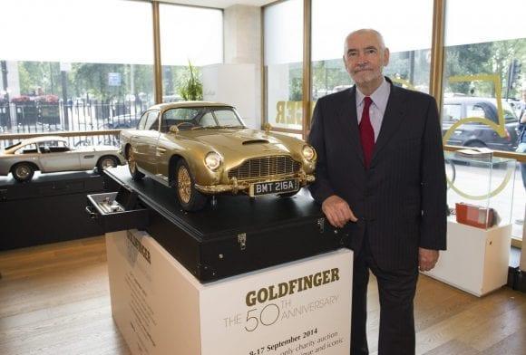 Aston Martin DB5, unicatul automobil din aur este pus la licitație