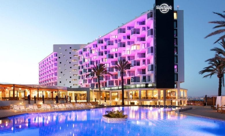 Hard Rock Ibiza – Vacanța europeană în ritm american hard rock