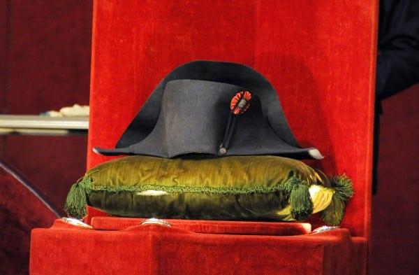 Pălăria lui Napoleon, vândută cu 1.9 milioane de euro