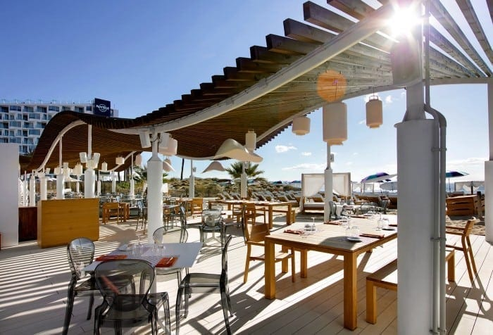 The Beach Club 700x476 - Hard Rock Ibiza - Vacanța europeană în ritm american hard rock