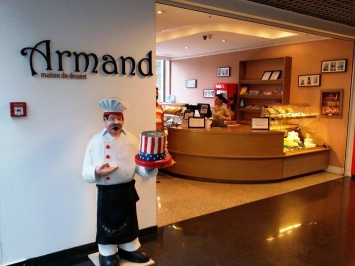 Armand - Maison du Dessert - Jolie Ville Pipera