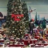 DSC86472 170x170 - Crăciunul, o călătorie magică cu Burberry şi Printemps