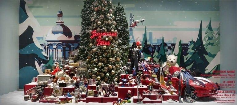 DSC86472 770x343 - Crăciunul, o călătorie magică cu Burberry şi Printemps