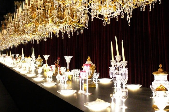Baccarat expune 250 de ani de legendă în Petit Palais