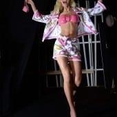 STE 0760 170x170 - Barbie și Jeremy Scott pentru Moschino - Odă adusă primei maestre a modei