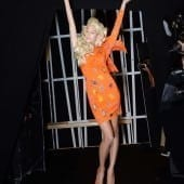 STE 0986 170x170 - Barbie și Jeremy Scott pentru Moschino - Odă adusă primei maestre a modei