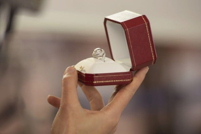 film-The-Proposal-Cartier-916x610