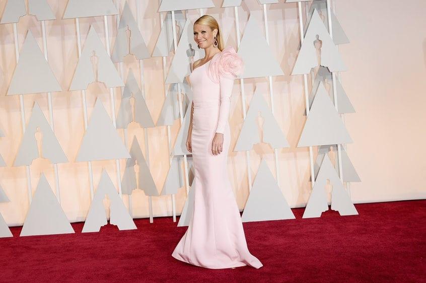gwyneth - Cele mai spectaculoase ținute de la Oscar
