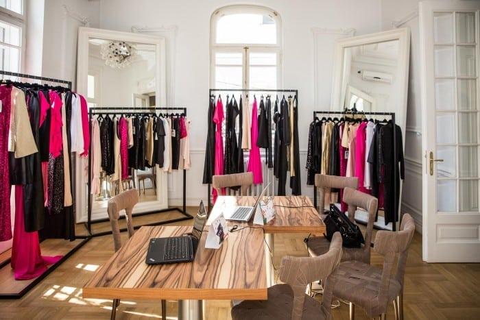 Eveniment lansare shop online Pelger 700x467 - Colecția Basic by Stephan Pelger  lansată pe noul shop online