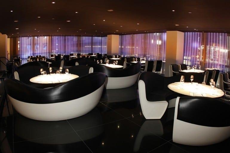 ArmaniRistorante2 770x513 - Designers' restaurants