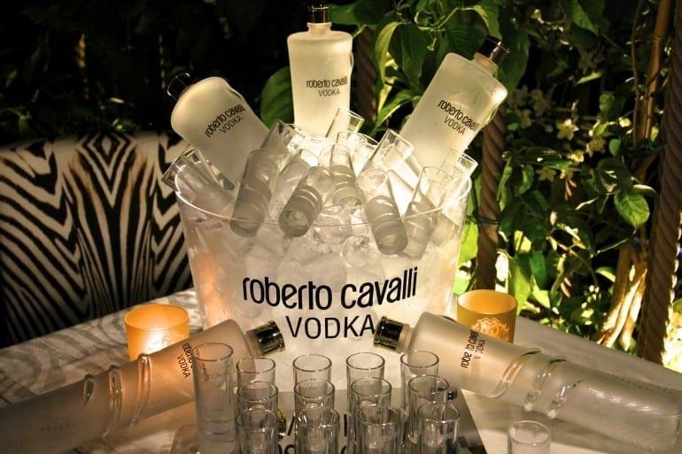 Inside The Cavalli Ibiza Restaurant and Lounge 03 770x513 - Designers' restaurants