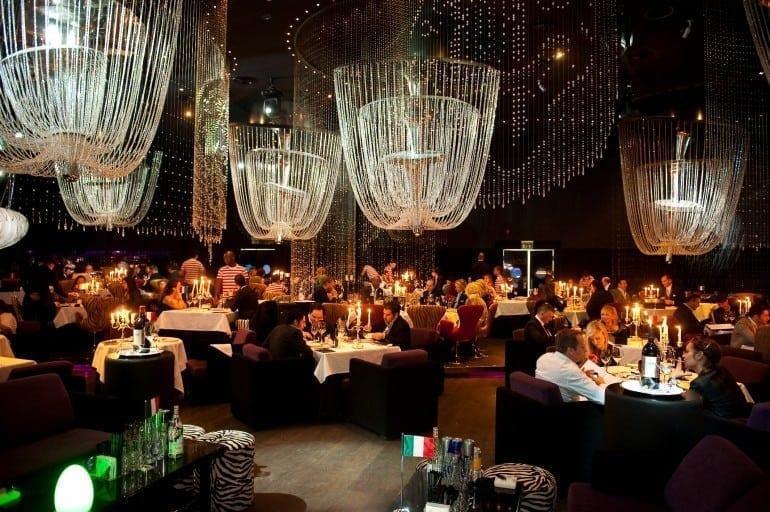 cavalli club restaurant lounge dubai 770x512 - Designers' restaurants