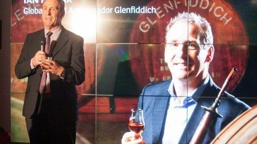 Ambasadorul Glenfiddich, Ian Millar, în vizită la București