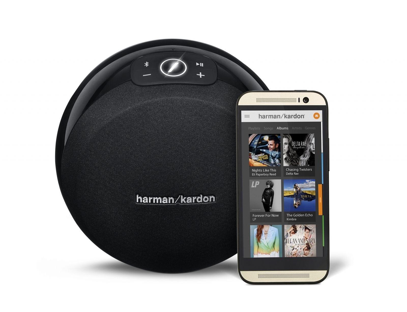 Harman Kardon Omni 10 Black Front View w Phone - Harman Kardon Omni: Speaker Wireless HD