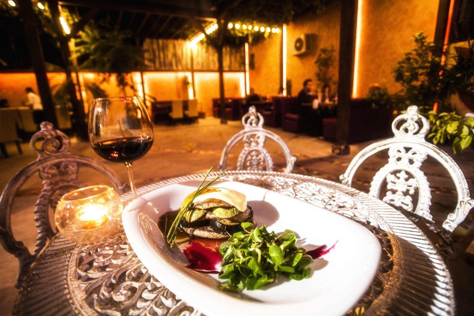 gradina3 - Delicii culinare la Grădina de vară La Rambla