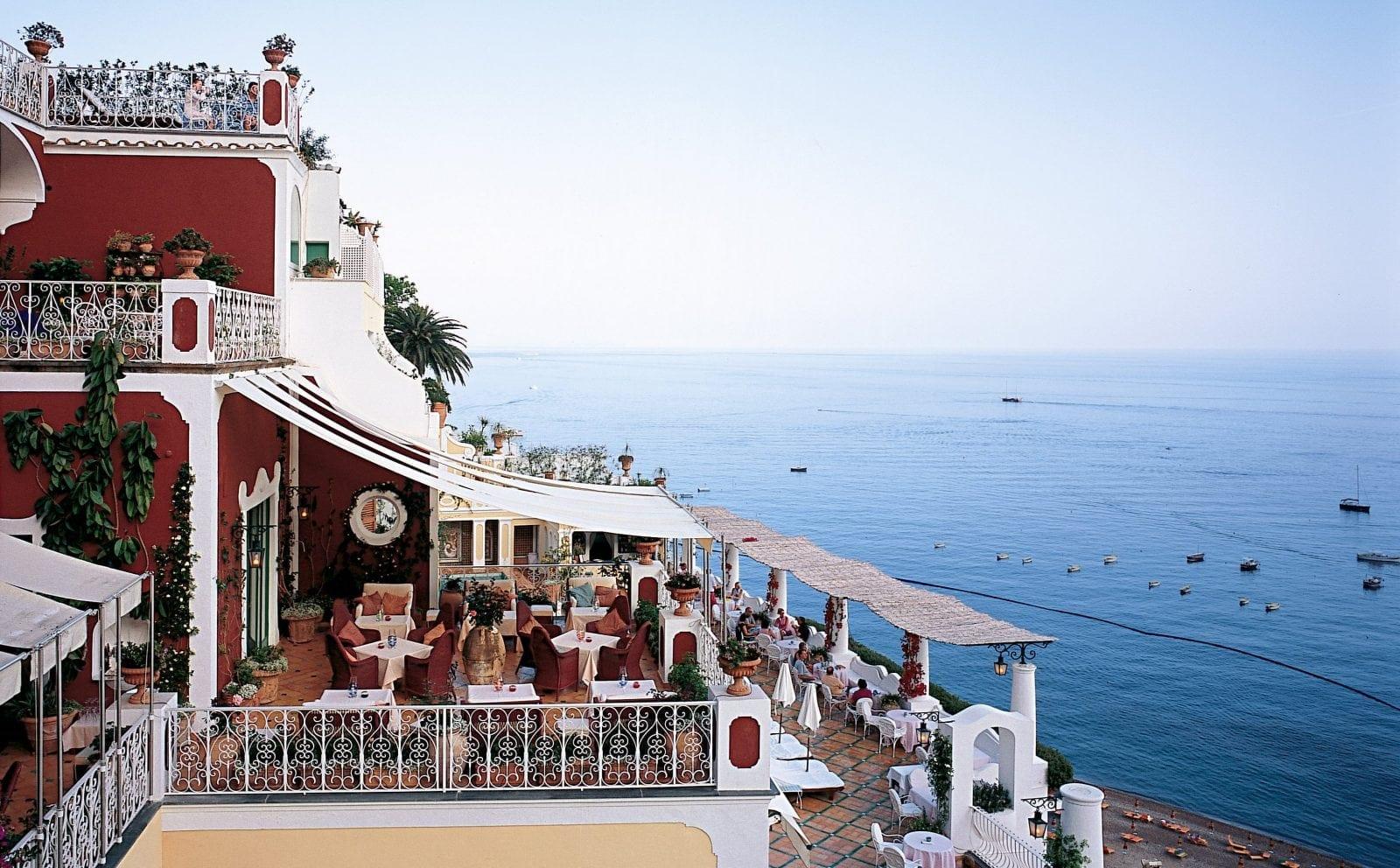 Champ Bar 01 - Le Sirenuse, Positano - istorie și ospitalitate italiană
