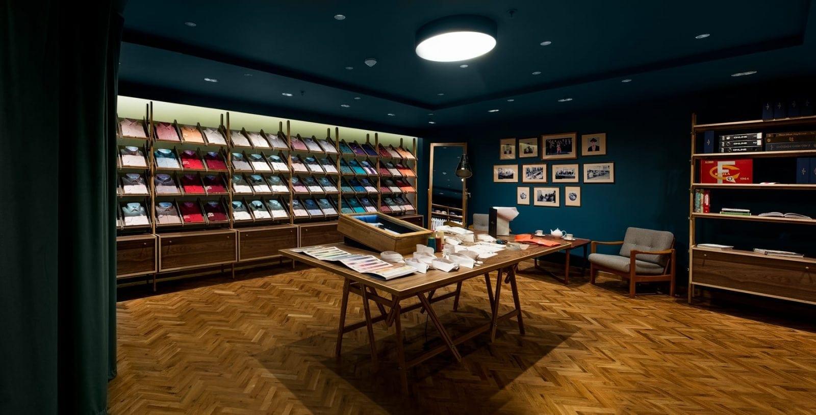 1 - Braiconf, în cadrul galeriilor comerciale The Grand Avenue din JW Marriott