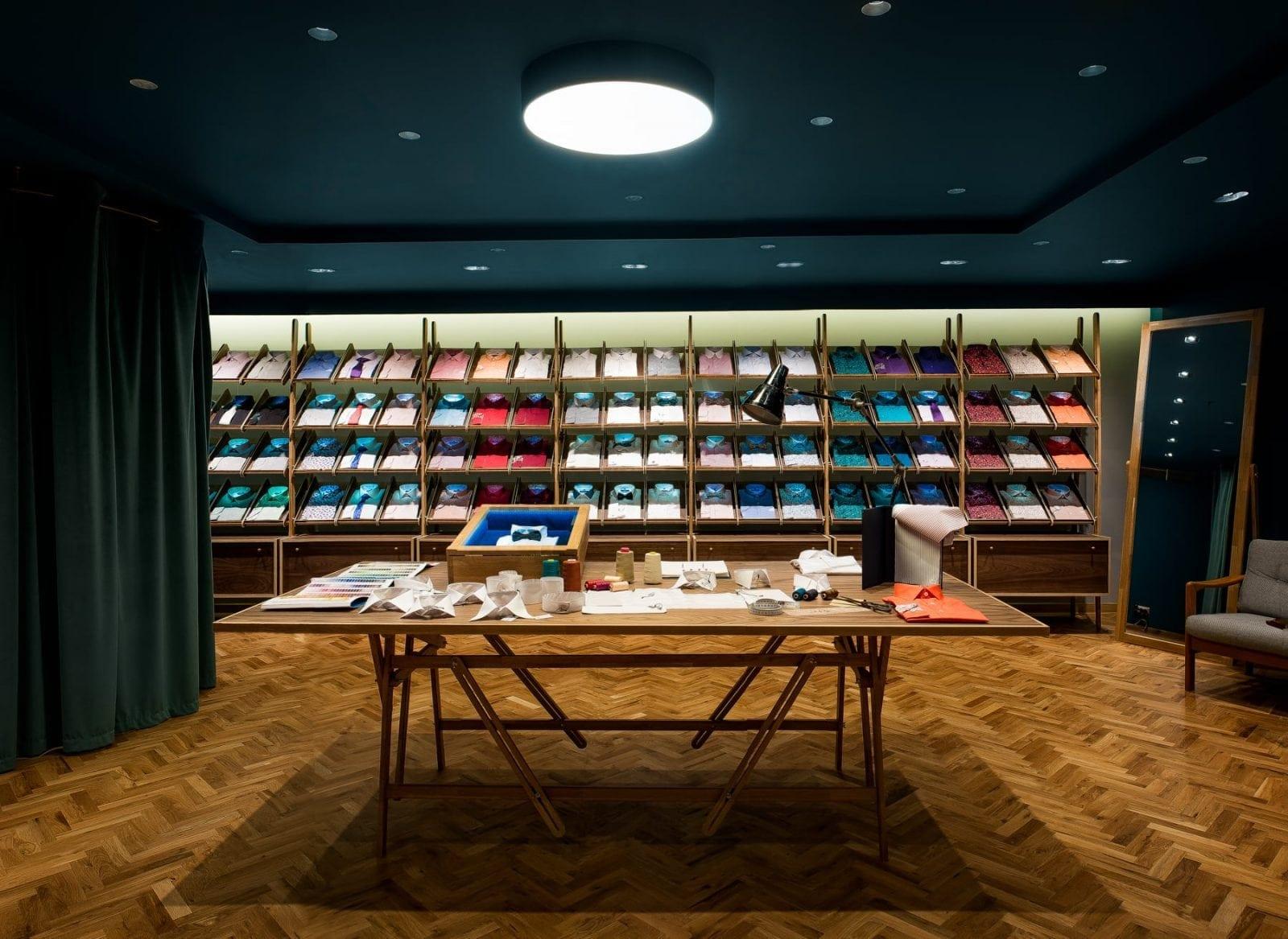 2 - Braiconf, în cadrul galeriilor comerciale The Grand Avenue din JW Marriott