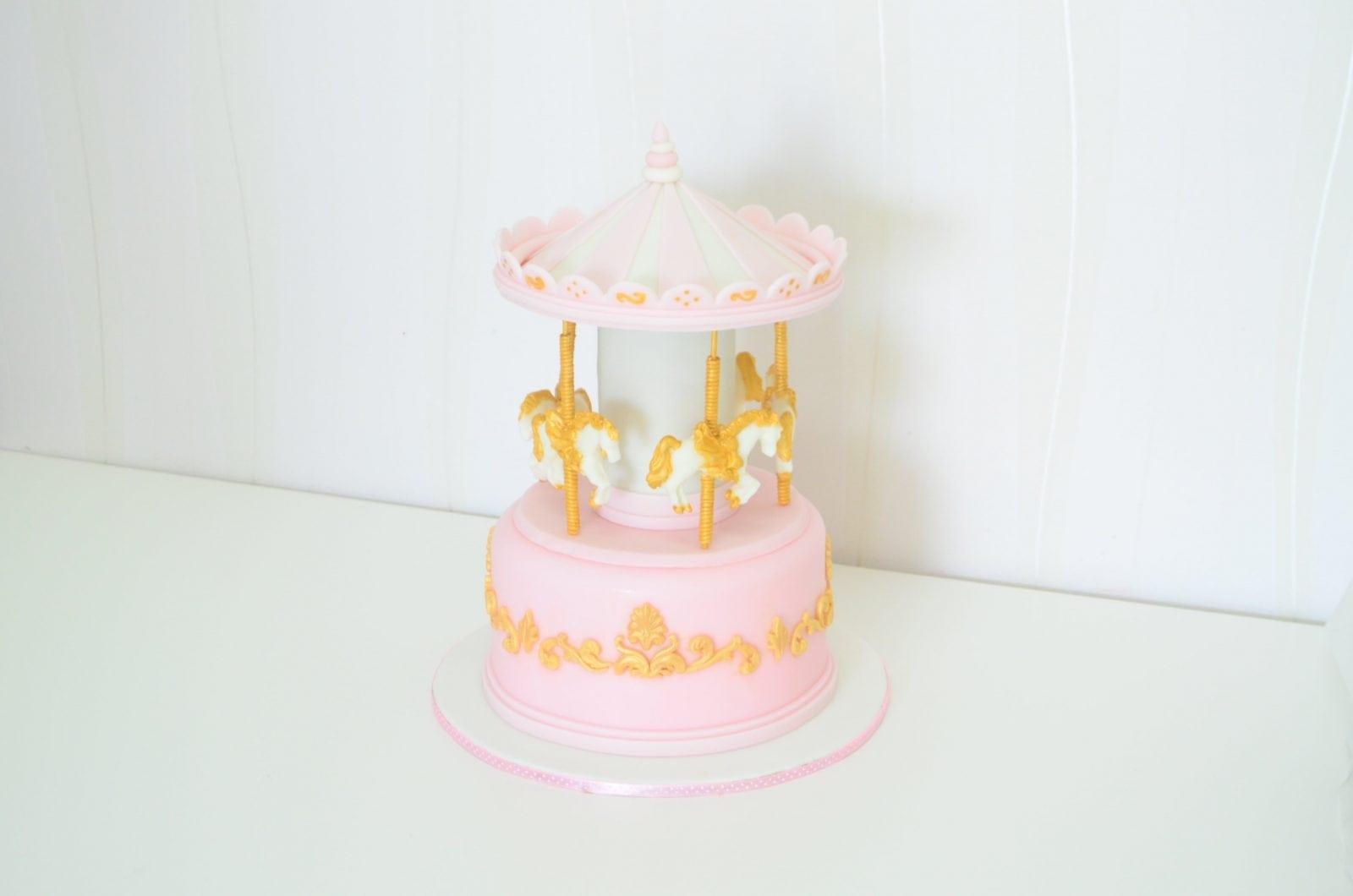 Tort Design – Despre artă, design şi profesionalism în lumea dulciurilor