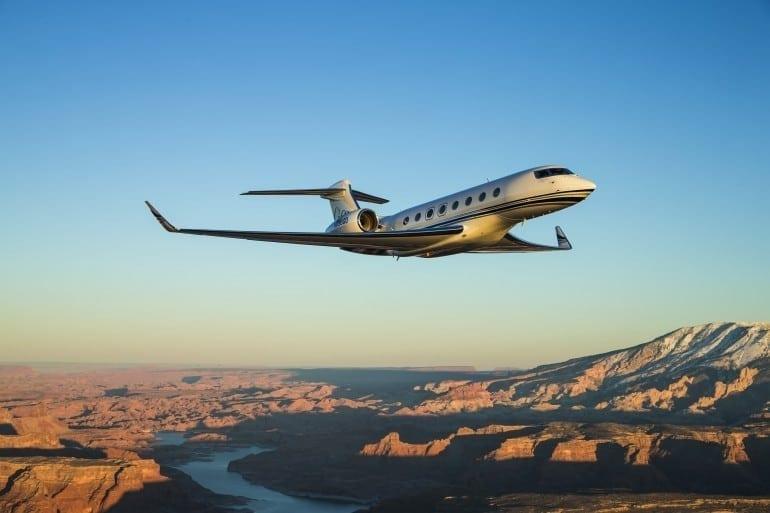 1 d g650 a media 3211 770x513 - Gulfstream - Singur deasupra norilor