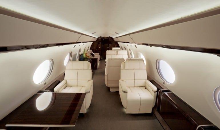 cabin interior gulfstream g650 770x457 - Gulfstream - Singur deasupra norilor