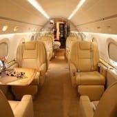 cabina 01 170x170 - Gulfstream - Singur deasupra norilor