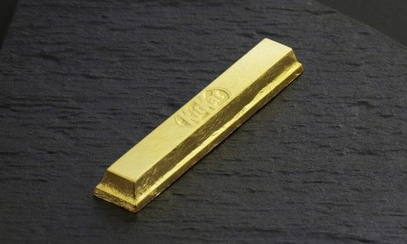 KitKat din aur