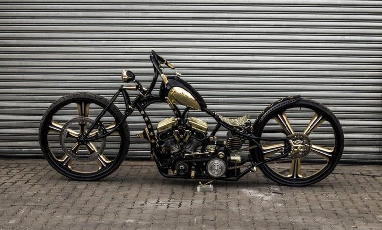 Prima motocicletă din lume cu roți de 30 inchi