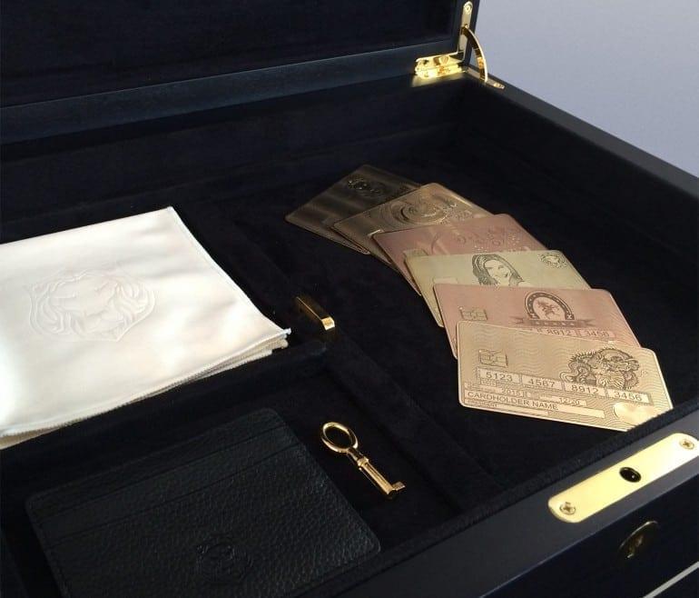 image6 e1460538654636 770x658 - Aurae prezintă primul MasterCard din aur