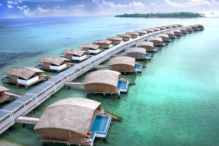 Paradisul redefinit: Vilele Finolhu – primul resort de lux din lume alimentat cu energie solară.