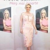 """giulia nahmany carte lansare 170x170 - Giulia Nahmany a lansat cartea """"Merg mai departe - mai puternică, mai sănătoasă, mai fericită"""""""