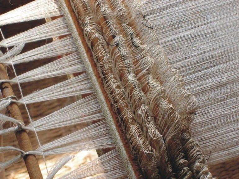 pashminastory loom 770x577 - Comorile din Kashmir