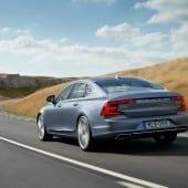170088 Rear Quarter Volvo S90 Mussel Blue 2 170x170 - Volvo S90 - Pentru cei care iubesc condusul și care iubesc să se lase conduși