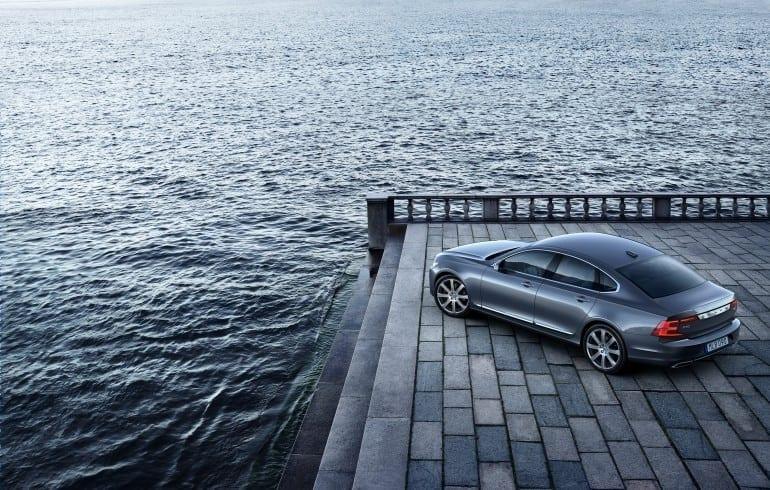 Location High-Rear Quarter Volvo S90 Mussel Blue