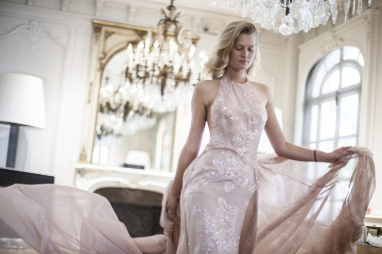 ELIE-SAAB-LE-PARFUM-ROSE-COUTURE-MAKING-OF-3
