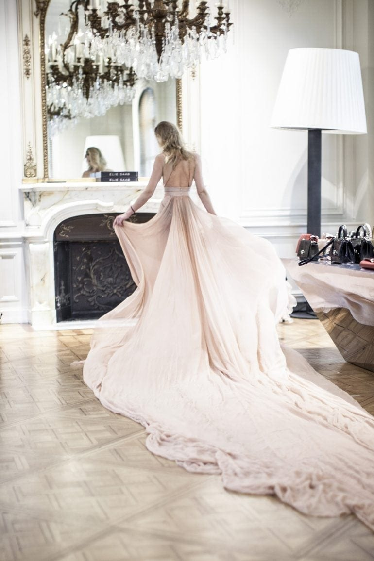 ELIE-SAAB-LE-PARFUM-ROSE-COUTURE-MAKING-OF-4