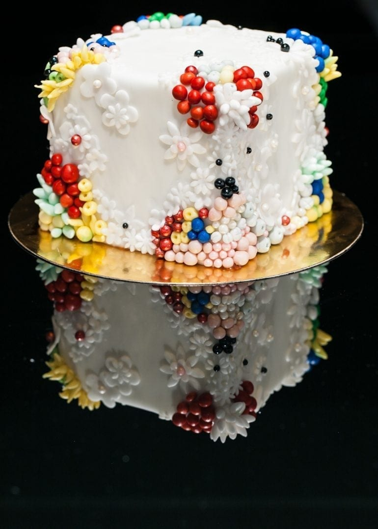Haute couture 770x1078 - Hedonismul Artei Efemere by Maison V. Cakes of Art